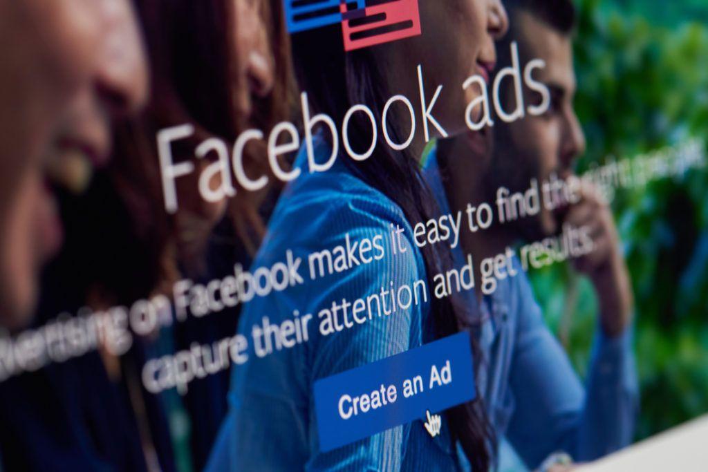 Facebook blockchain advertising