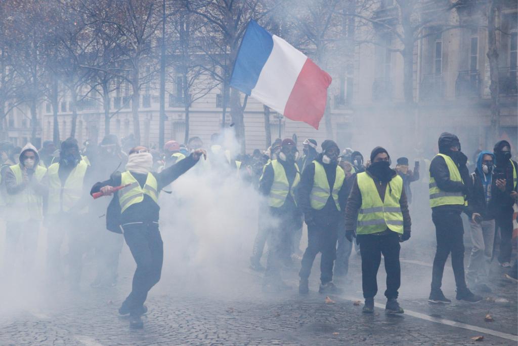 yellow vest tear gas