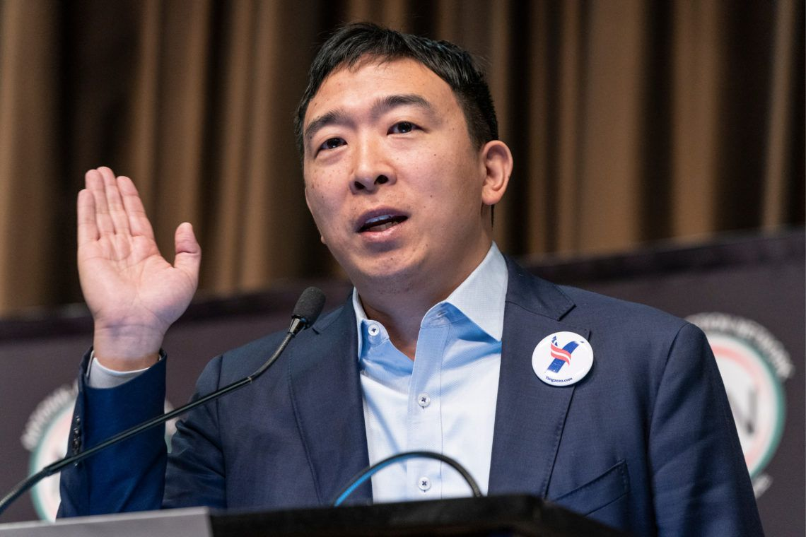 "andrew yang ""width ="" 1140 ""height ="" 760 ""srcset ="" https://s32659.pcdn.co/wp-content/uploads/2019/04/shutterstock_1358789921.jpg.optimal.jpg 1140w, https: // s32659 .pcdn.co / wp-content / uploads / 2019/04 / shutterstock_1358789921-300x200.jpg.optimal.jpg 300w, https://s32659.pcdn.co/wp-content/uploads/2019/04/shutterstock_1358789921-768x512. jpg.optimal.jpg 768w, https://s32659.pcdn.co/wp-content/uploads/2019/04/shutterstock_1358789921-1024x683.jpg.optimal.jpg 1024w, https://s32659.pcdn.co/wp- content / uploads / 2019/04 / shutterstock_1358789921-750x500.jpg.optimal.jpg 750w ""ukuran ="" (lebar maks: 1140px) 100vw, 1140px"